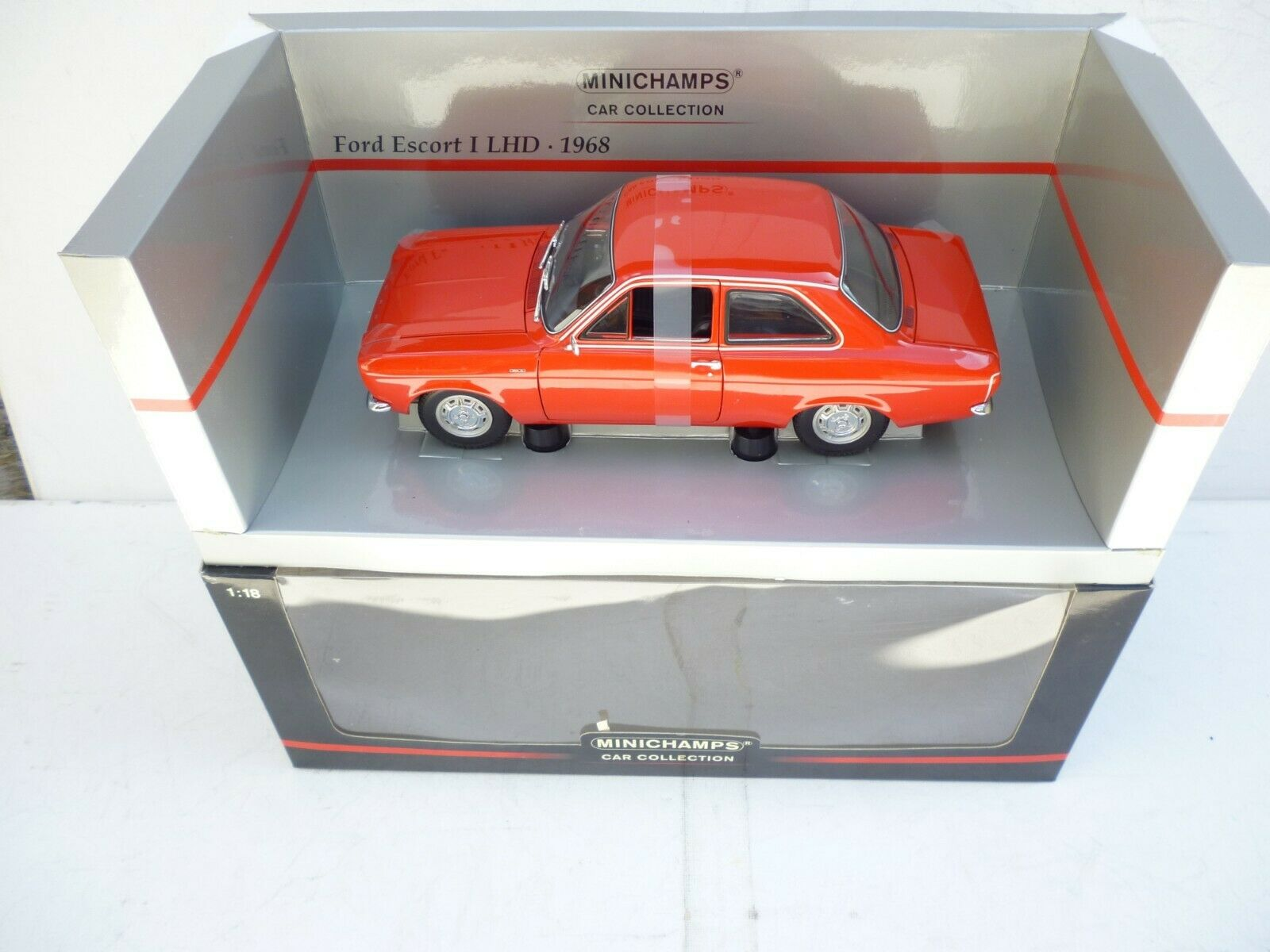 1 18 MINICHAMPS FORD ESCORT  FIRST TYPE LHD 1968 BRAND NEW IN BOX RARE