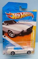 2638 HOT WHEELS / CARTE US / 2011 NEW MODELS / 1963 MUSTANG II CONCEPT 1/64