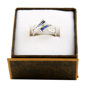 14k White gold fancy diamond and saphire ring R-44