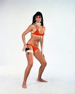 Caroline-Munro-Poster-Stampa-61x50-8cm-Stellar-PIC-221196