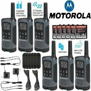 Motorola-Talkabout-T200TP-Walkie-Talkie-6-Pack-Set-20-Mile-Two-Way-Radio-Package