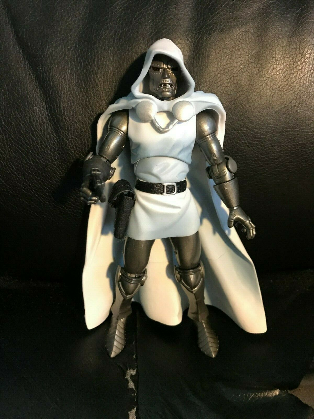 Marvel Legends 6   Dr. Doom Epic Hasbro Future Foundation Rare Fantastic Four  100% autentico