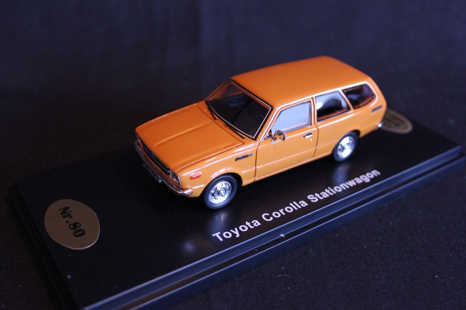 QSP Model Collection Toyota Corolla E36 Stationwagon 1 43 arancia