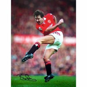 Image is loading Bryan-Robson-Manchester-United-signed-special-edition-photo 3c170f3fe