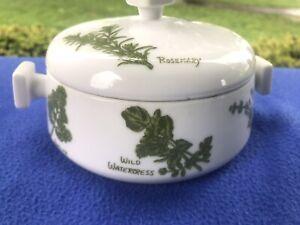 Taste-Setter-Herb-Garden-5-034-Covered-Casserole-Single-Oven-Ware-Round-White-Green