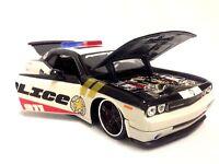 2008 Dodge Challenger Srt8 Rescue Force Edition1:24 Diecast Collection Maisto