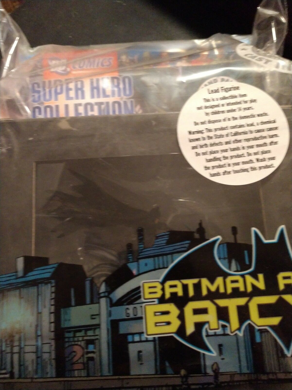 DC Superhero Batman and Batcycle with Magazine  1