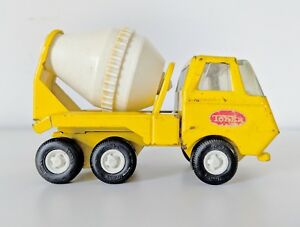 VINTAGE-TINY-TONKA-CEMENT-MIXER-TOY-TRUCK-NO-575-1974