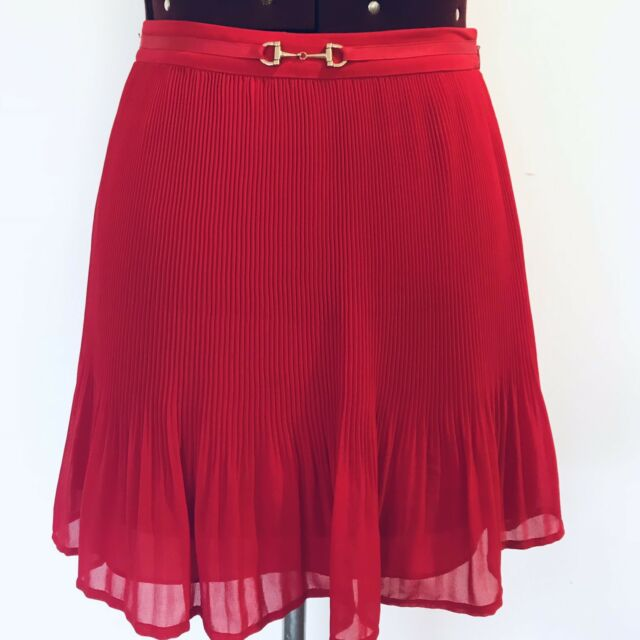 FOREVER NEW Red Skirt Size 6. Pleated. Christmas Party. Like New