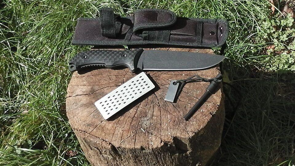 SCHRADE SURVIVAL 1095 Carbon Blade Nylon Sheath FERRO Rod + Sharpener SCHF38