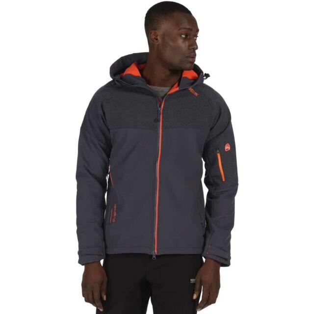 Regatta Men/'s Hewitts III Wind Resistant Stretch Softshell Jacket with Hood