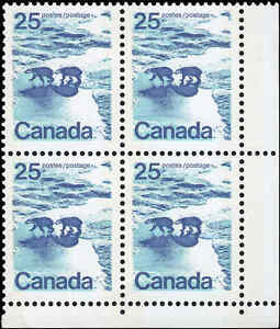 Mint-Canada-25c-1972-UNTAGGED-NF-Block-of-4-Scott-597T1-Stamps-Never-Hinged