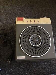 Vintage-Westminster-AM-FM-8-Track-Player-Radio
