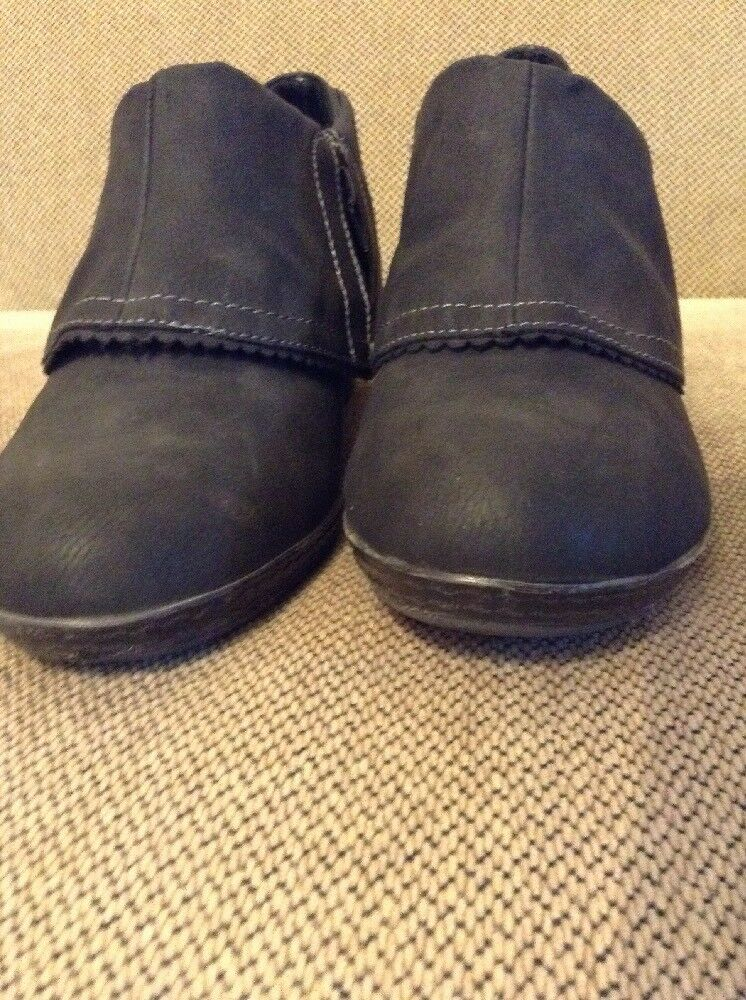 Excellent Dr Scholls Memory Foam Wedge Ankle Booties Women's Boots Gray Size 9M