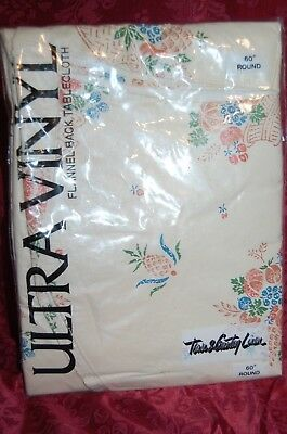 Vintage TOWN U0026 COUNTRY Ultra Vinyl Flannel Backed VInyl Tablecloth 60u201d Round