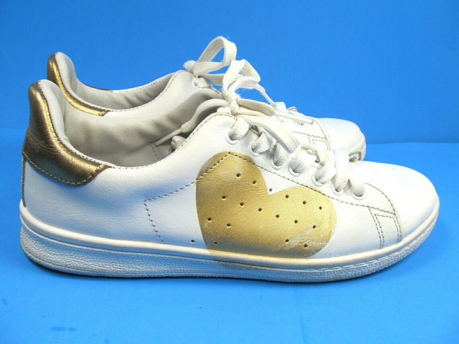Nira Reubens Cosmopolitan Womens White Sneakers gold Heart Size US 7 EURO 38 GUC