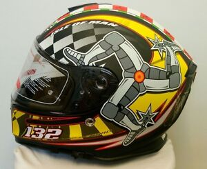 Mann3-Isle-of-Man-TT-132mph-Legends-Motorcycle-Helmet-Signed-By-John-McGuinness