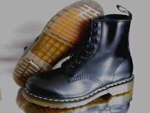DR MARTENS DOC Boots Bottes Smooth 8 trous bottes en cuir