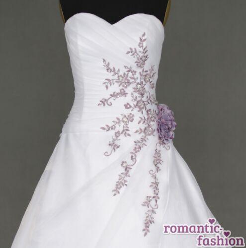 Brautkleider in weiß lila