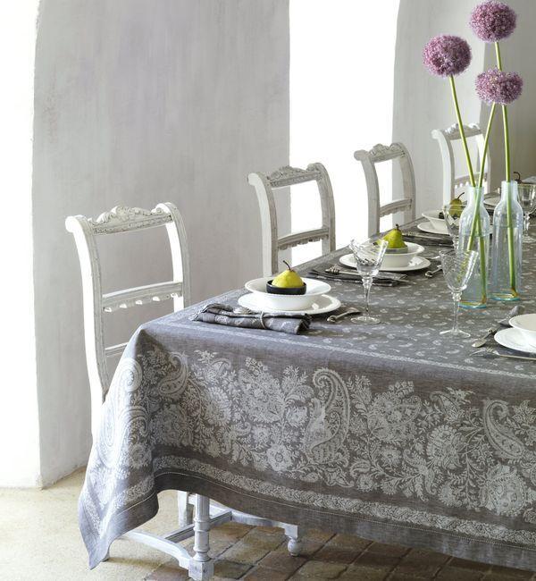 Provence linen tablecloth 67x67  (170x170cm) Vent du Sud