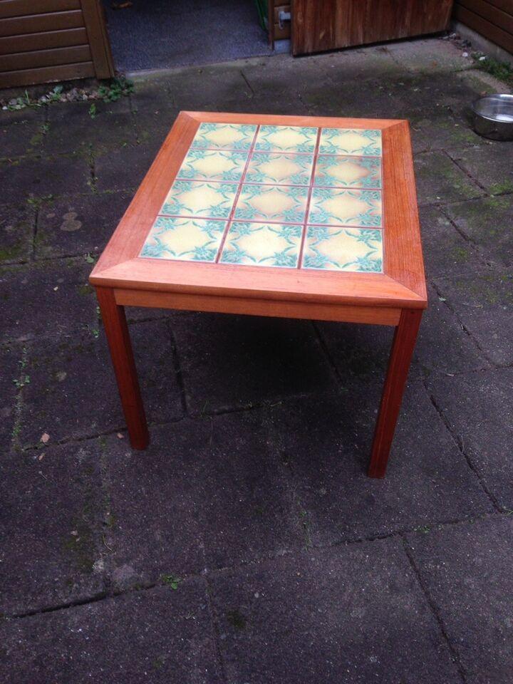 Kakkelbord, teaktræ, b: 60 l: 75 h: 50