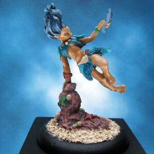 Painted-Reaper-Miniature-Sushanthe-Sea-Elf