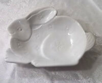 Pottery Barn White Ceramic Sculpted Bunny Serving Bowl - - Sold Out