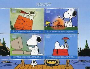 Madagascar-2018-CTO-Snoopy-Peanuts-4v-M-S-Cartoons-Comics-Stamps