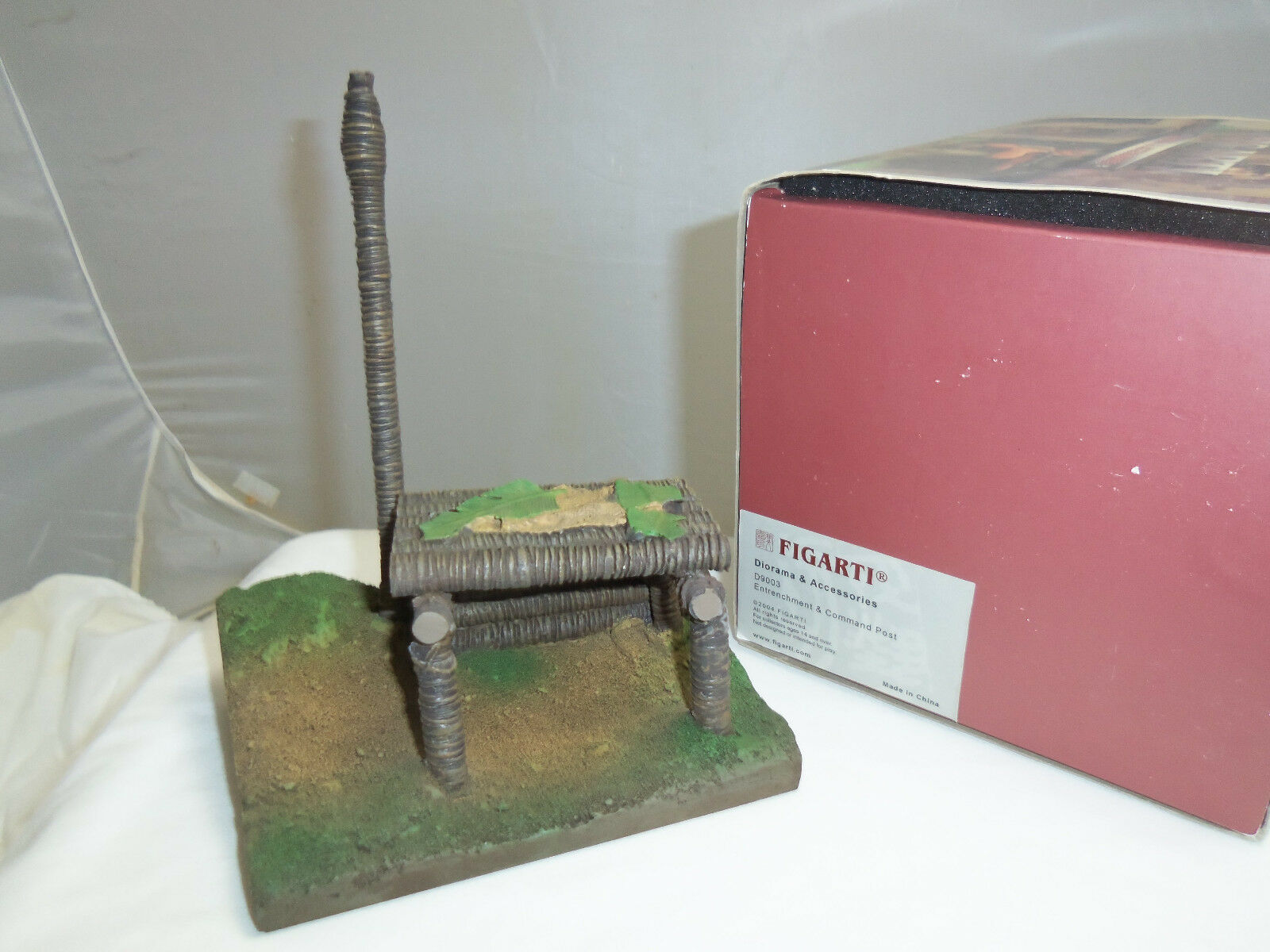 FIGARTI D9003 WORLD WAR TWO ENTRENCHMENT + COMMAND POST DIORAMA SCENARY ITEM