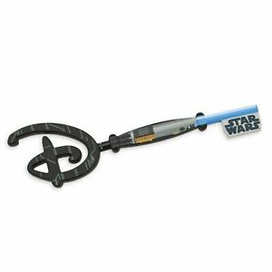 Star-Wars-May-the-4th-Be-With-You-Disney-Key-IN-HAND-Limited-Edition