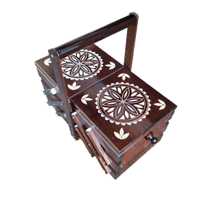 Caja de Costura de Madera 35CM En Marrón Oscuro de Color