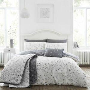 Cotton-Rich-Pale-Grey-Duvet-Cover-Set-Hip-Sprig-in-Double-Bed-Size-Reversible