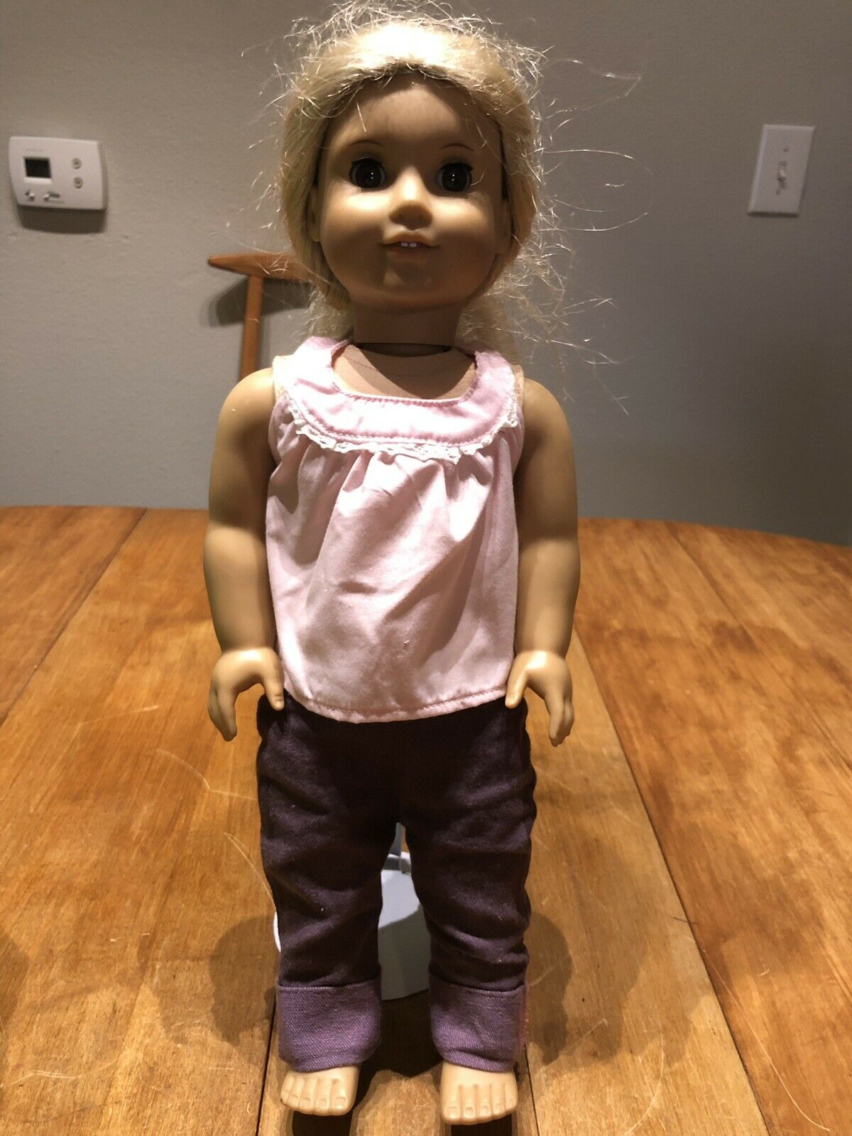 American Girl Doll 18  Julie Albright Blonde Hair braun Eyes with Outfit