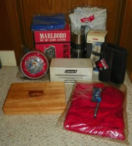 Marlboro-Gear-Unlimited-Lot-Flash-Lights-Outdoor-Gear-Poker-Chips