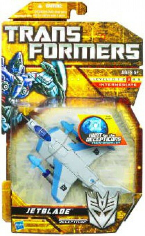 Transformers Hunt for the Decepticons JetBlade Deluxe Action Figure