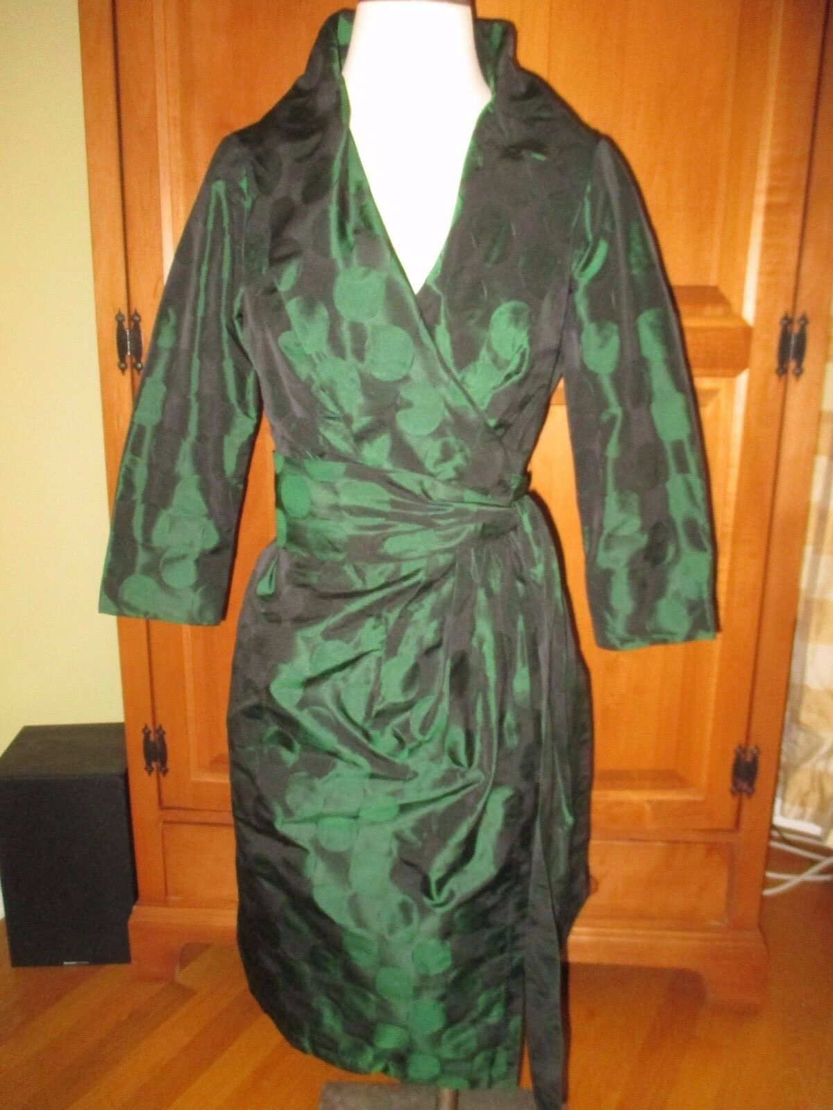 EUC Ladies Carlisle Jewel Emerald Green Silk Taffeta Wrap Dress Size 4