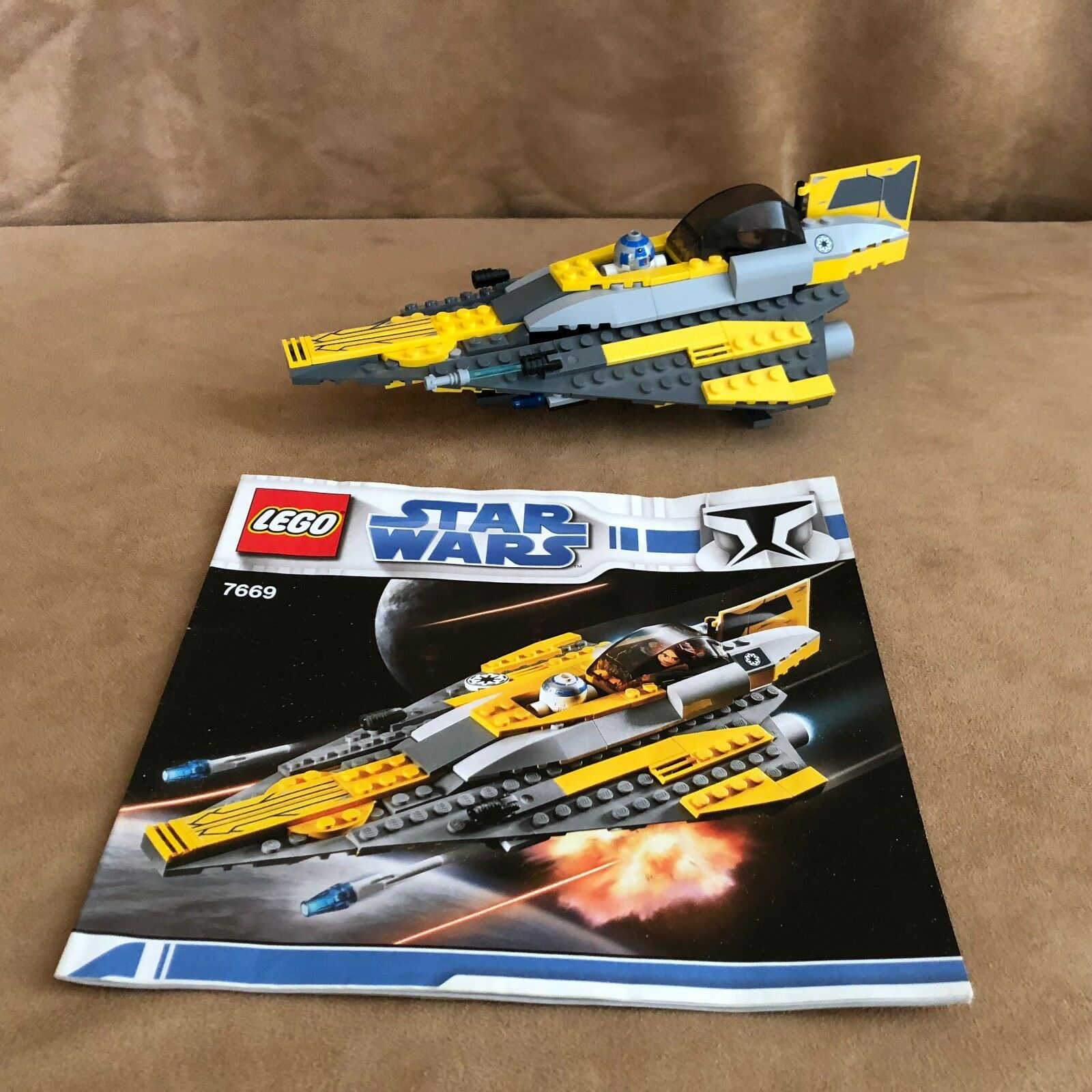 7669 Lego Star Wars Complete The Clone Wars Anakin's Jedi Starfighter book