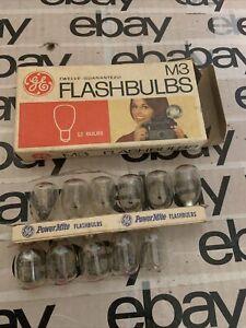 Vintage Flashbulbs  M3 GE 11 Bulbs