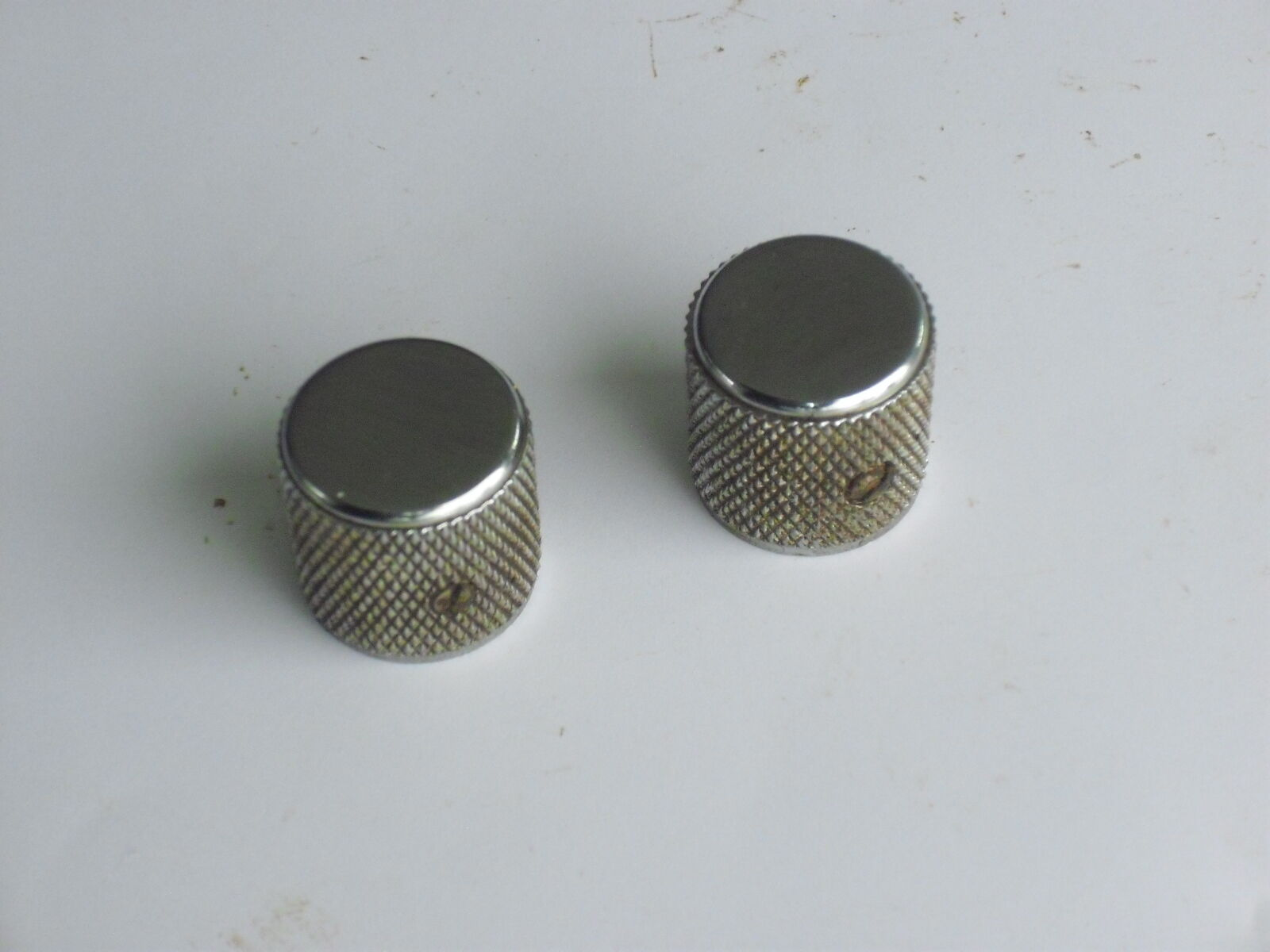 TWO 60's 70's 2 Fender telecaster Knobs 0.4 oz Duo Sonic Precision Vintage Relic