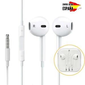 Auriculares-con-microfono-y-control-de-volumen-tipo-earpods-con-cable-y-botones