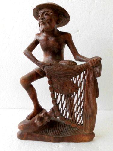 Fischer with Net Wood Figure from Bali, WIN04C