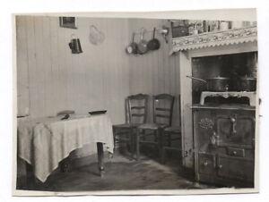afbeelding wordt geladen photo ancienne interieur maison cuisine cuisiniere fourneaux casserole