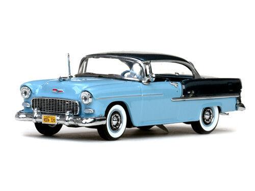 Chevrolet Bel Air modelo 1955 con hard top Glacier Blue escala 1:43