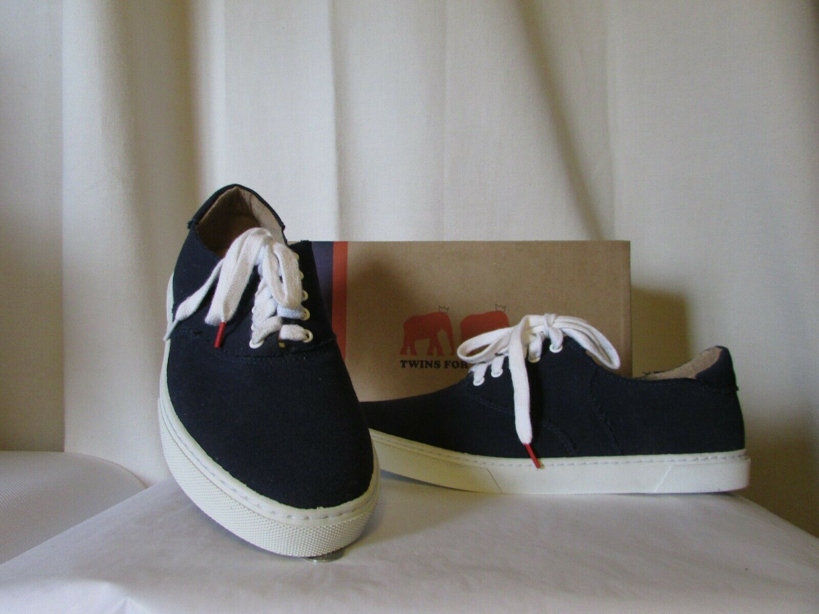 Sports shoes Twins For Peace bluee Canvas Size 42