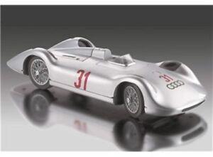 Revell-08436-1-18-Scale-Auto-Union-Typ-C-Stromlinie-Racing-Car-08436