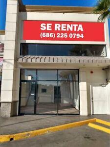 LOCAL COMERCIAL EN RENTA EN PLAZA RESIDENCIAS / 150 M2