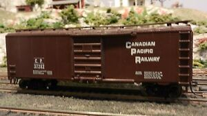 Roundhouse-MDC-HO-Canadian-Pacific-40-039-steel-Boxcar-Upgraded-Ex