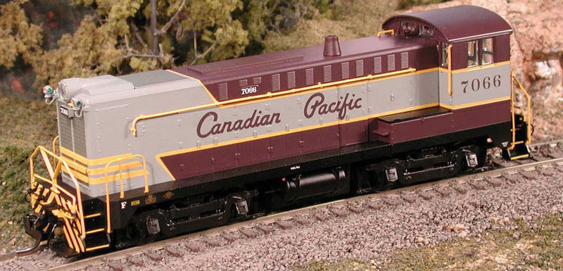 Bowser 23748 HO DS4-4-1000 CP 7068  Canadian Pacific  +Sound Brand Nuovo C-10 Mint