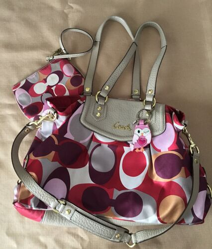 Vintage Coach Shoulder Bag Pink With Pink Tote And
