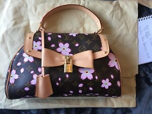 Louis-Vuitton-LIMITED-EDITION-Cherry-Blossom-Sac